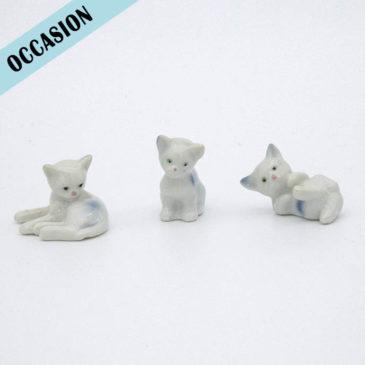 lot 3 chats blancs en porcelaine